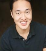 JOHN YI headshot